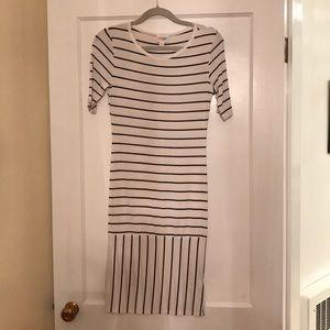 LuLaRoe Dresses - NWOT LulaRoe Black and White Striped XS Julia